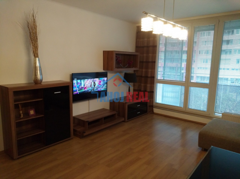 KOLOSEO, NOVO zariadený byt, parking, AT6T, POLUS