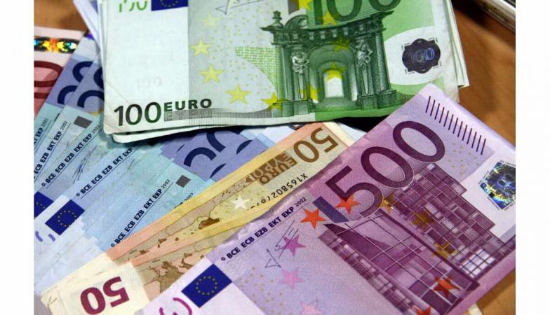 Rýchle pôžičky do 77000 Eur