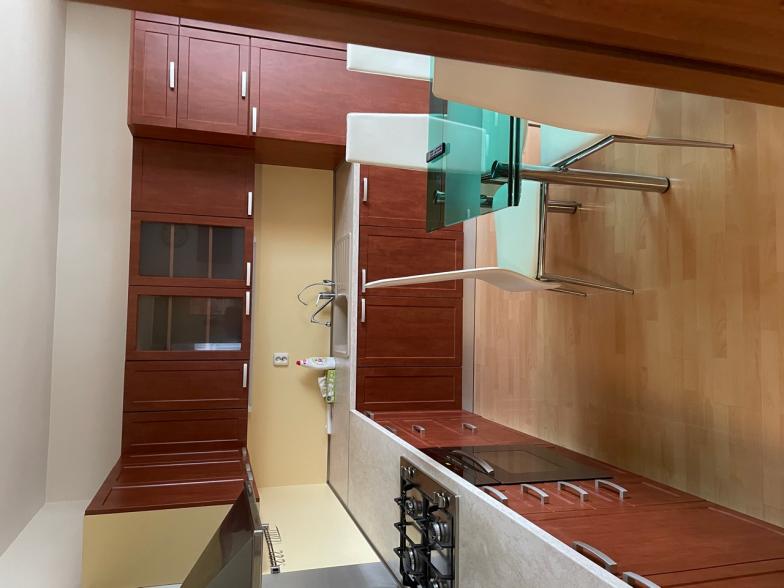 Prenájom 3-izbového bytu na Prešovskej ulici v komplexe v Boria