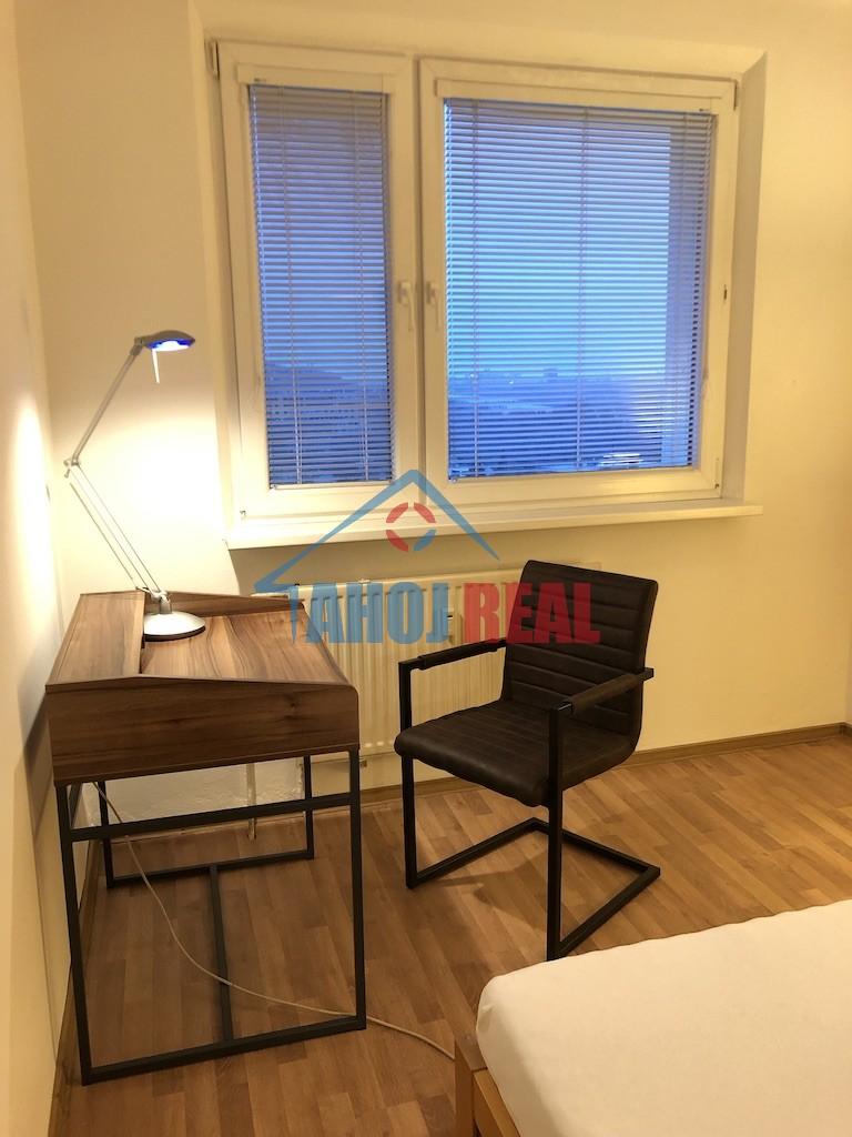 4 IZB zariadený byt, Karlová Ves