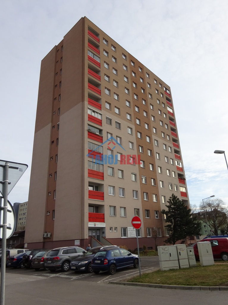 1 IZB byt, bl. RAČKO, Figaro, OC Slimák, POLUS