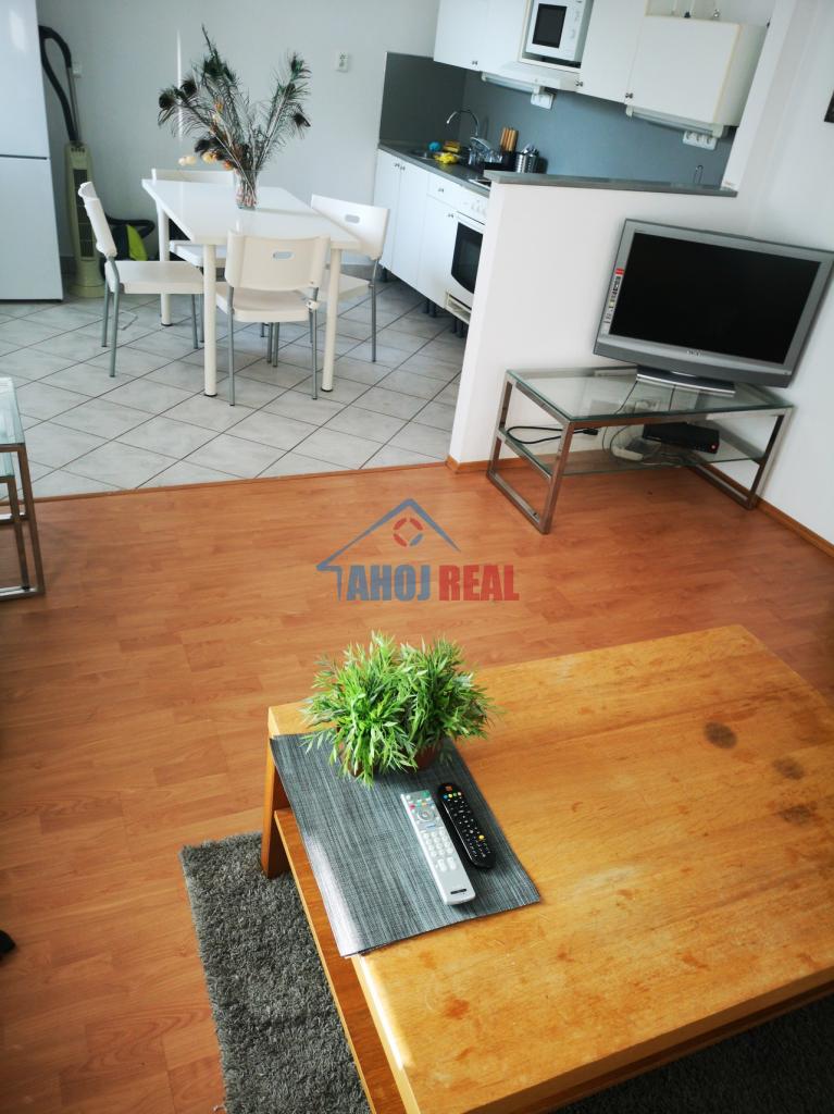 Novostavba 2i byt, aj pre 3-člennú rodinu, aj menší PSIK
