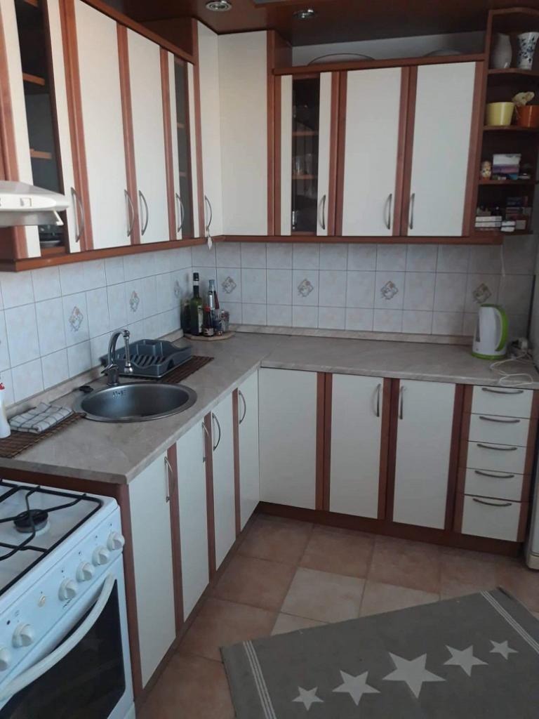 Prenájom 3-izbového zariadeného bytu, Latorickej ulici, Bratislava