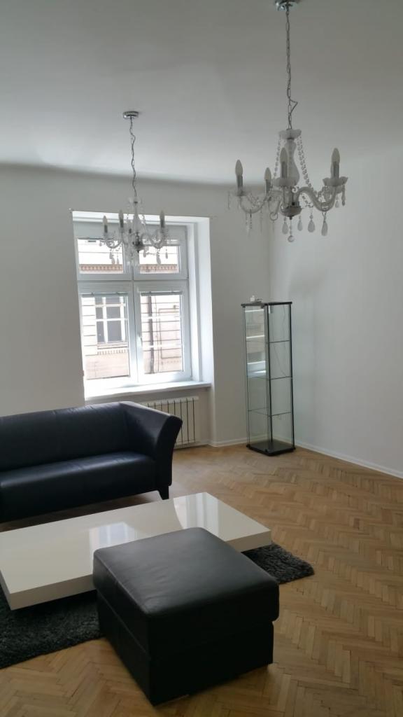 Prenájom 2 izbového bytu na Medenej ulici , BA I  s výhľadom na