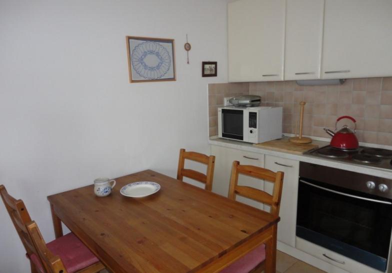 Prenájom 1 izbového bytu na Záhradnícka, Bratislava I - Staré Mesto