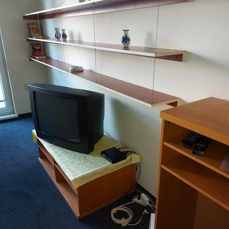 Prenájom 2 izbového bytu po rekonštrukcii na Martinčeková ulici v BA II.