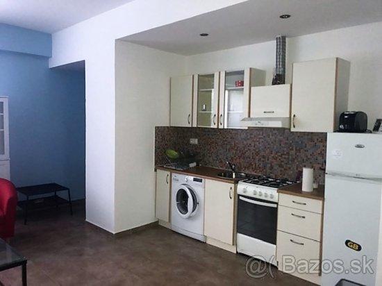 Prenájom 2 izbového bytu na Gajová