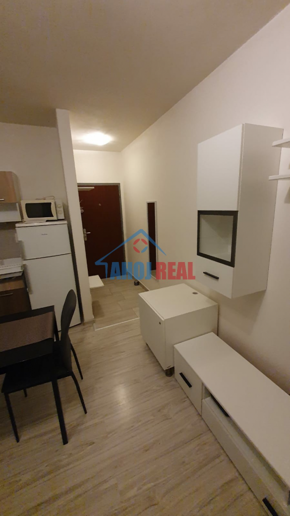 2i byt, KLÍMA, fr.bakon, výťah, TV +iNET