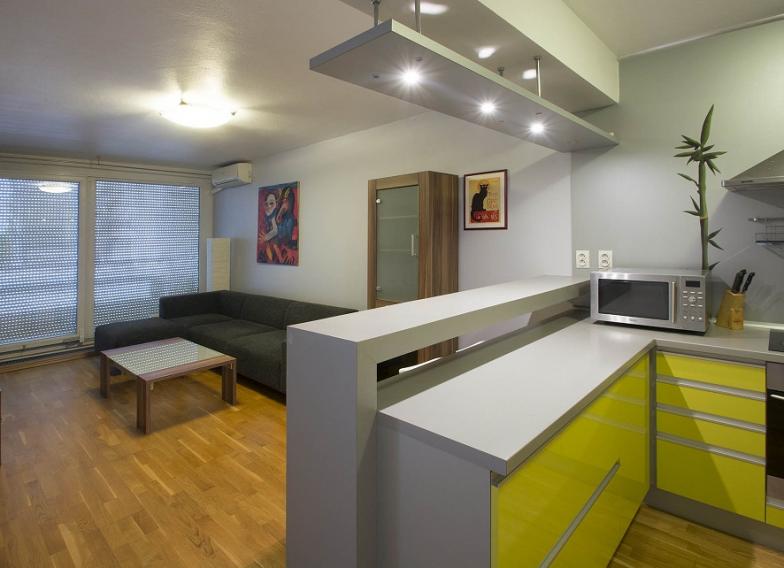 Prenájom luxusného 2 izbového bytu s veľkou výmerou v novostavbe na Zadunajskej ceste pri Auparku a Digital parku s parkovaním v