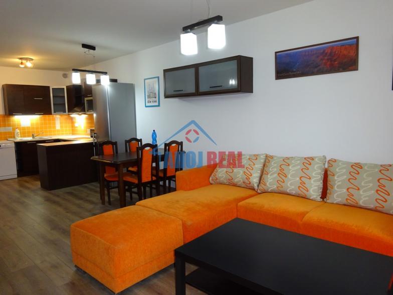 III Veze, novostavba, zariadený byt, garaž,