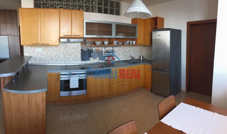TOMÁŠIKOVA novostavba 3i byt MEZONET, Ružinov