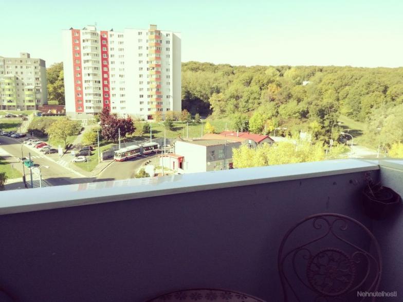 Predaj/dlhodobý prenájom 3-izbový byt BA-IV., Dlhé diely, Beniakova 5