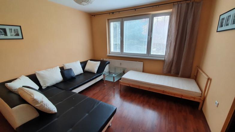 Prenájom 2 izbového bytu na Hraničnej ulici BA 2, Ružinov