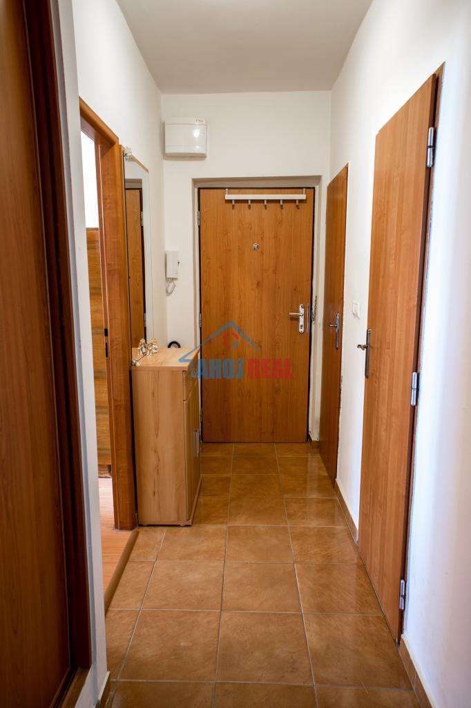 MIEROVÁ, RUŽINOV, zariadený 3- izb byt