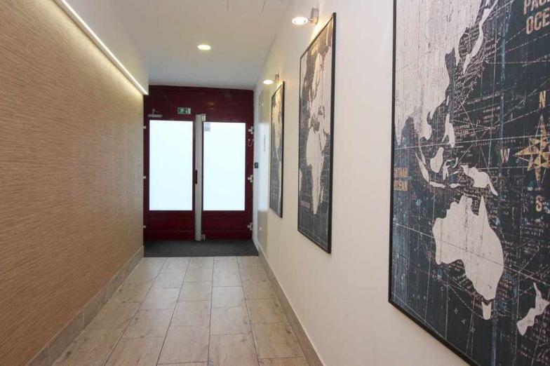 Prenájom 2 izbového bytu v absolútnom centre BA I na Gorkého ulici