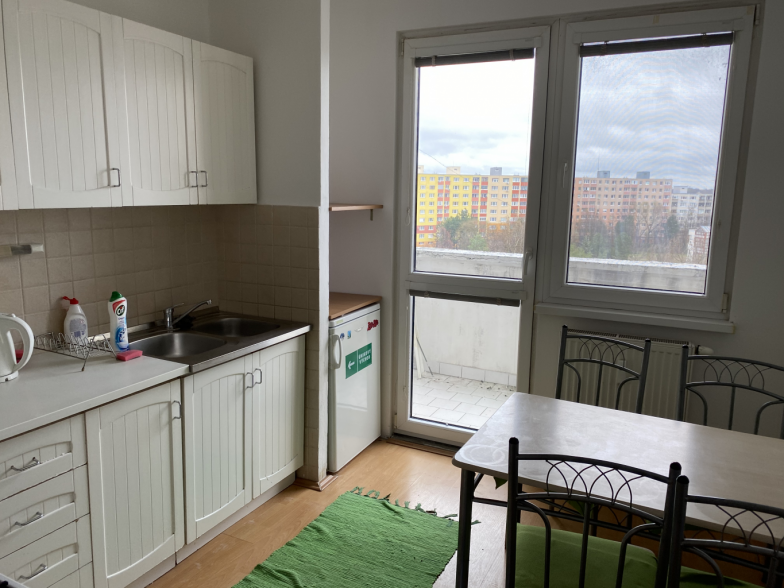 Prenájom 3i. byt, neprechodné izby, Petržalka BA
