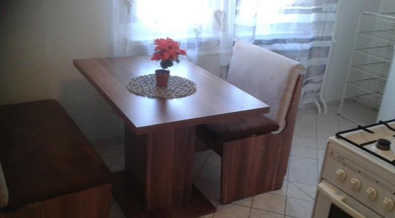 Prenájom 1 izbového bytu  s výmerou 40 m2 na Narcisová ulici V Starom Ružinove.