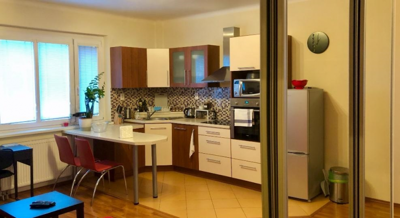 Prenájom 2 izbového bytu na Radlinského ulici v BA I.