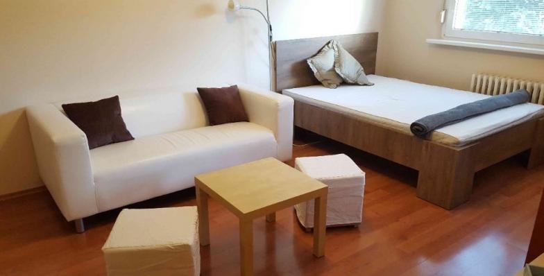 Prenájom príjemný 1 izbového bytu v lokalite Vrakuňa, Slatinská, tich