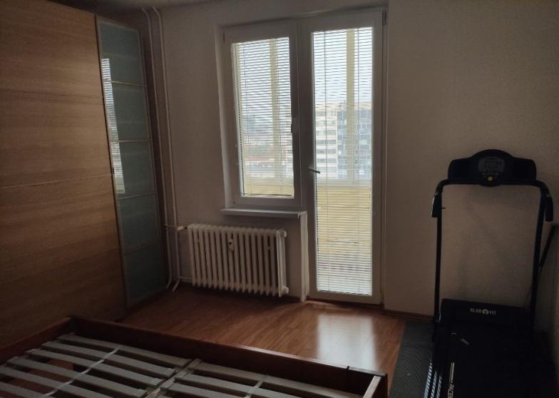 prenájom 3,5 – izbový zariadený byt v lokalite Nové mesto na ulici Československý