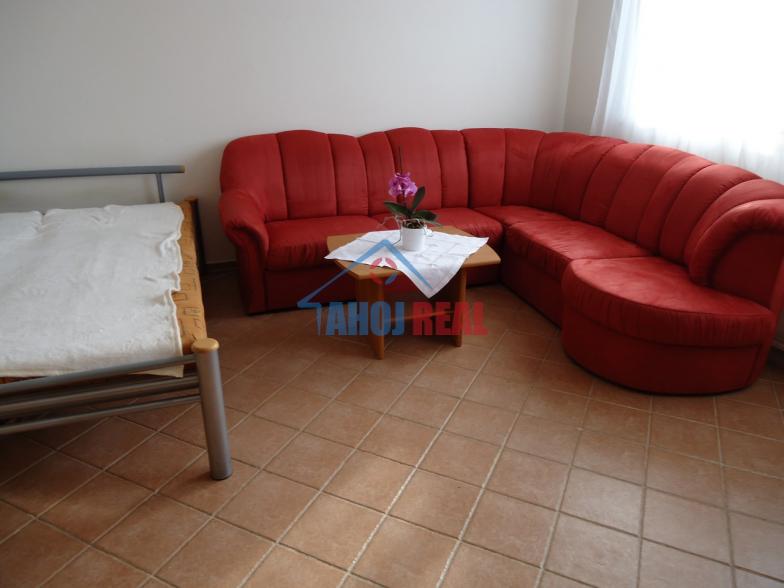 Jungmanová 1-izb byt pri TPD, môže aj PSIK