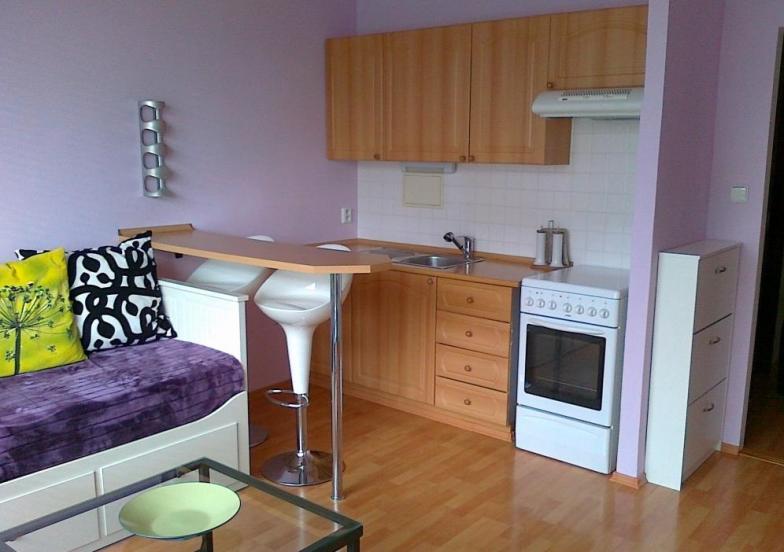 Prenájom pekného, kompletne zrekonštruovaného bytu na Znievskej ulici.