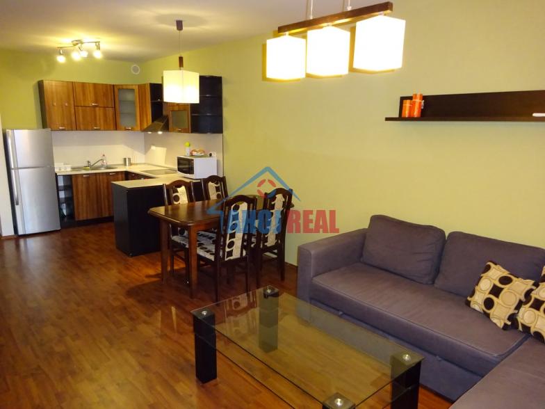 III Veze, novostavba, zariadený byt, garaž